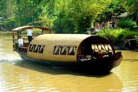 Song-Xanh-Sampan-Cruise