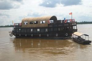 Authentic-Mekong-Ship-on River